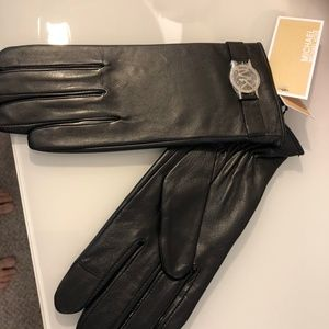 MICHAEL Michael Kors Leather Gloves Medium